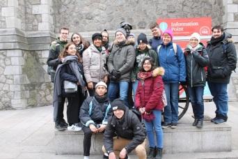Irland 7N2 Glückliche Schüler 2